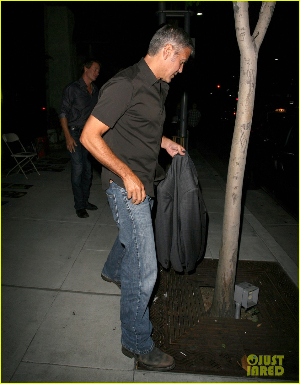 george clooney stacy keibler date night 01