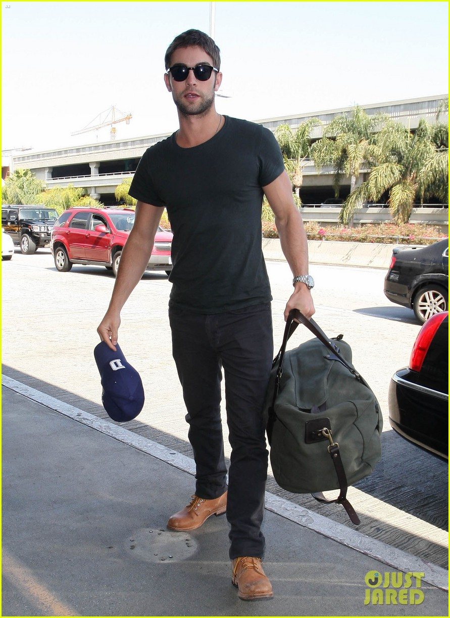 chace crawford penn badgley gossip guys 10