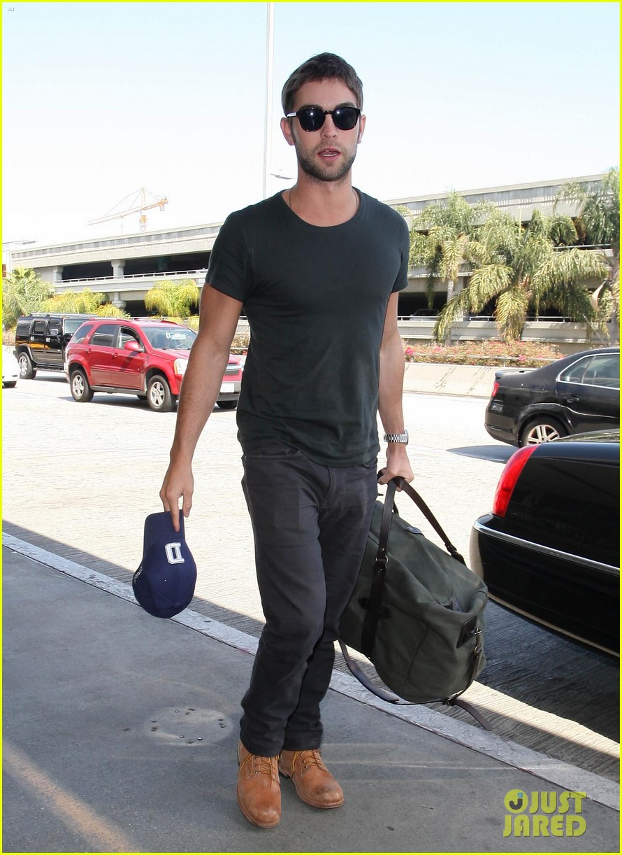 chace crawford penn badgley gossip guys 11