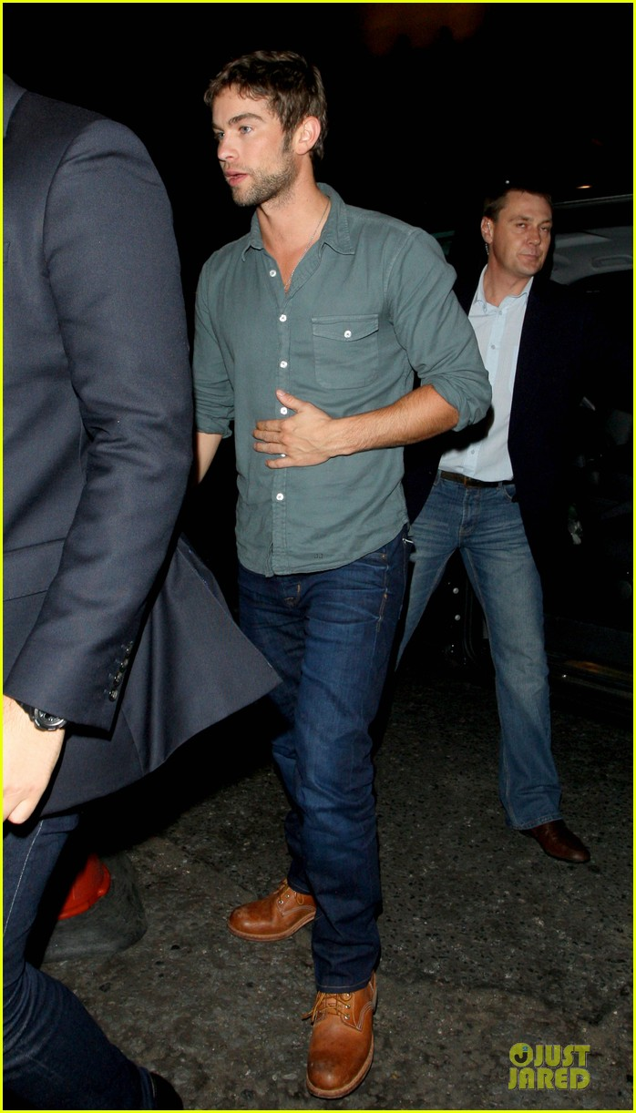 chace crawford matthew morrison london night 03