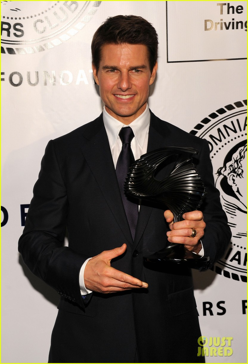 tom cruise friars club ceremony with connor suri 13
