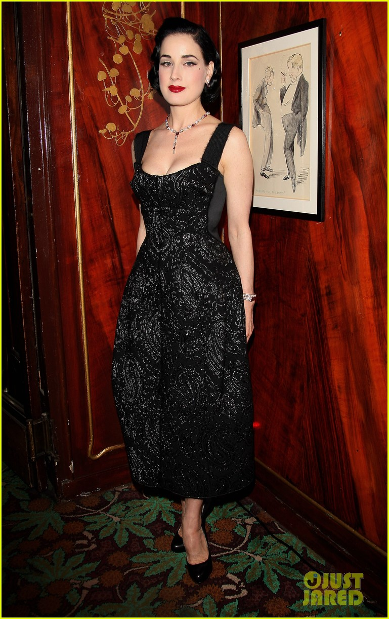 dita von teese amfar inspiration night in paris 012680738
