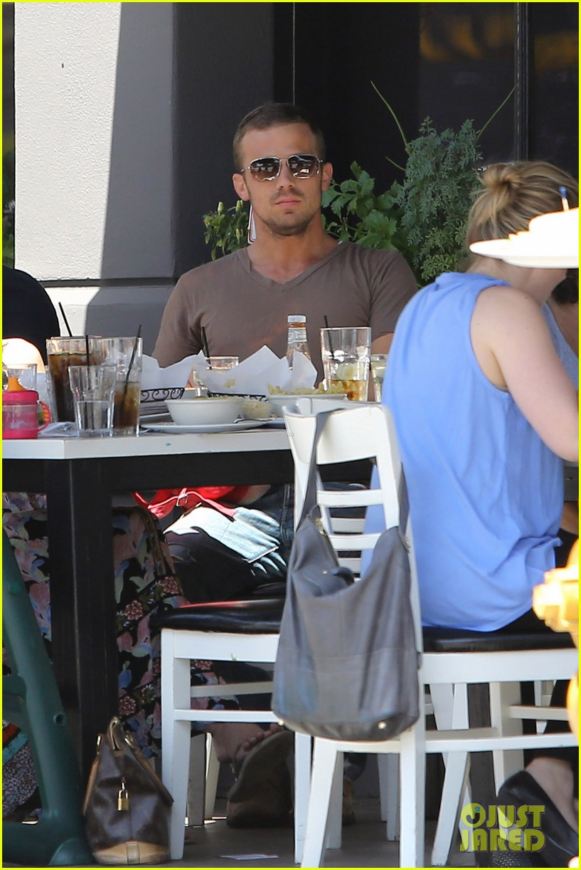 cam gigandet toast lunch 032672482