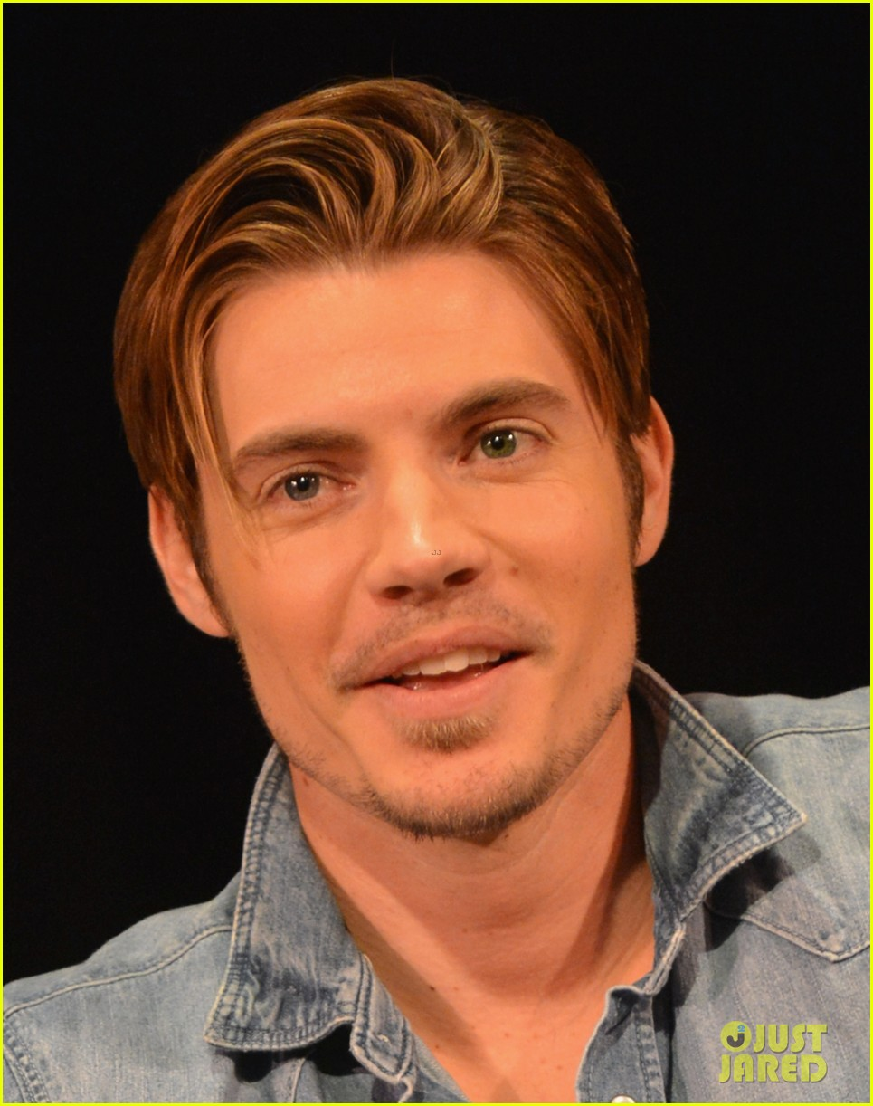 josh henderson linda gray dallas screening cma fest 02