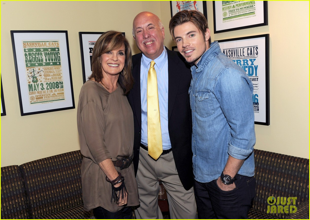 josh henderson linda gray dallas screening cma fest 08