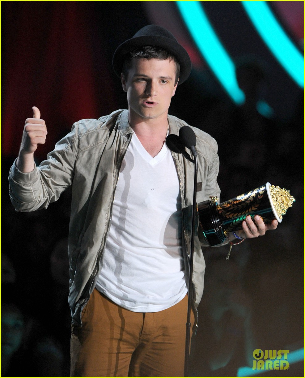 hutcherson mtv awards 07