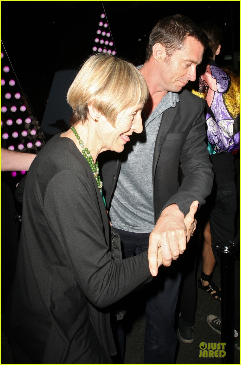 hugh jackman mom grace w hotel london 04