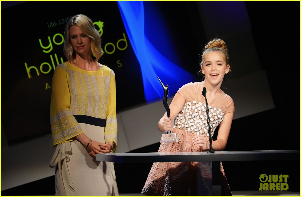 january jones young hollywood awards kiernan shipka 10