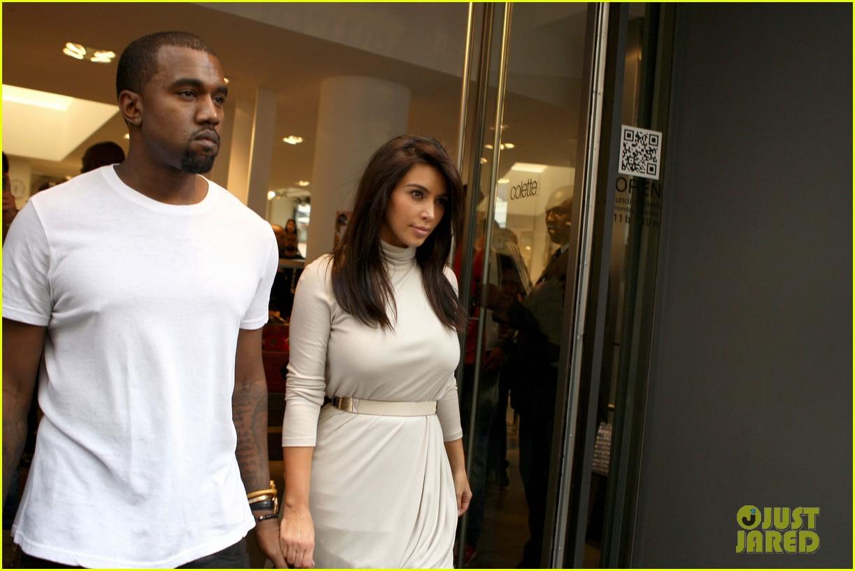 Full Sized Photo of kim kardashian kanye west lamborghini ... Kanye West