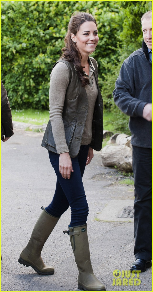 duchess kate camping trip 07