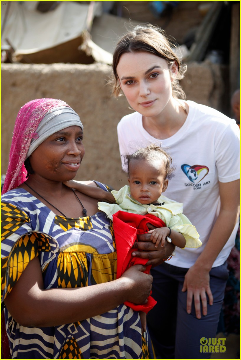 keira knightley unicef chad visit 01