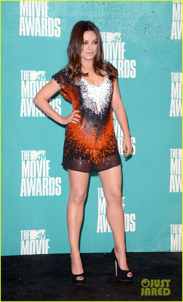 mila kunis mtv movie awards 2012 10