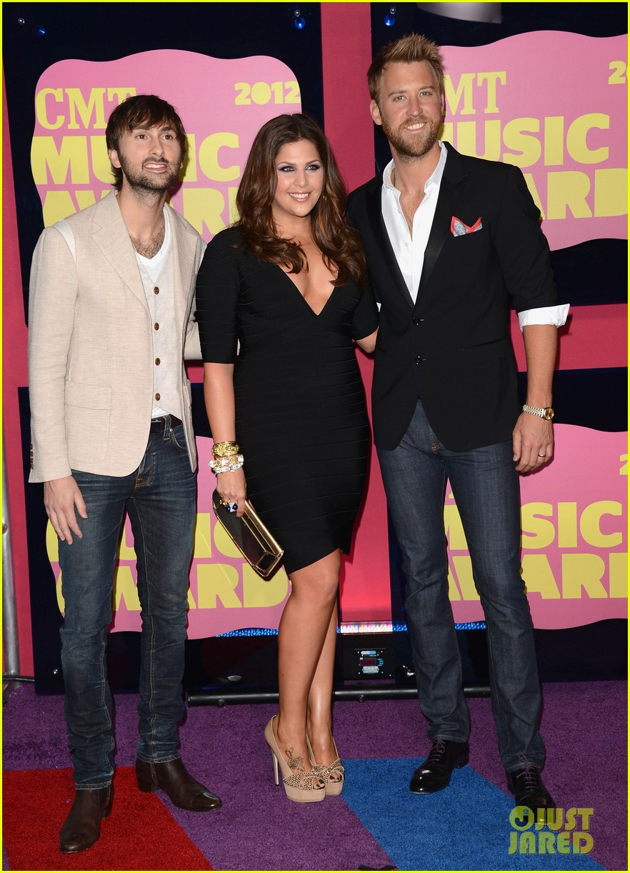 miranda lambert lady antebellum cmt awards 2012 02