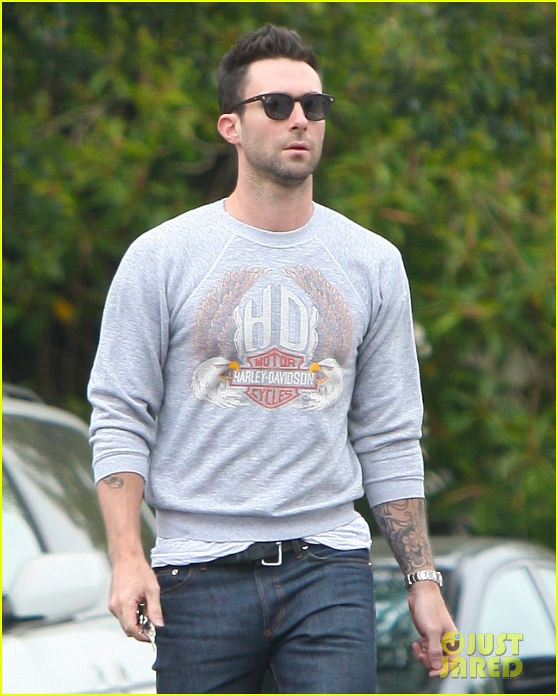 adam levine starring in can a song save your life 02