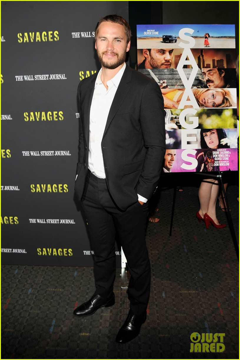 blake lively taylor kitsch savages new york premiere 16