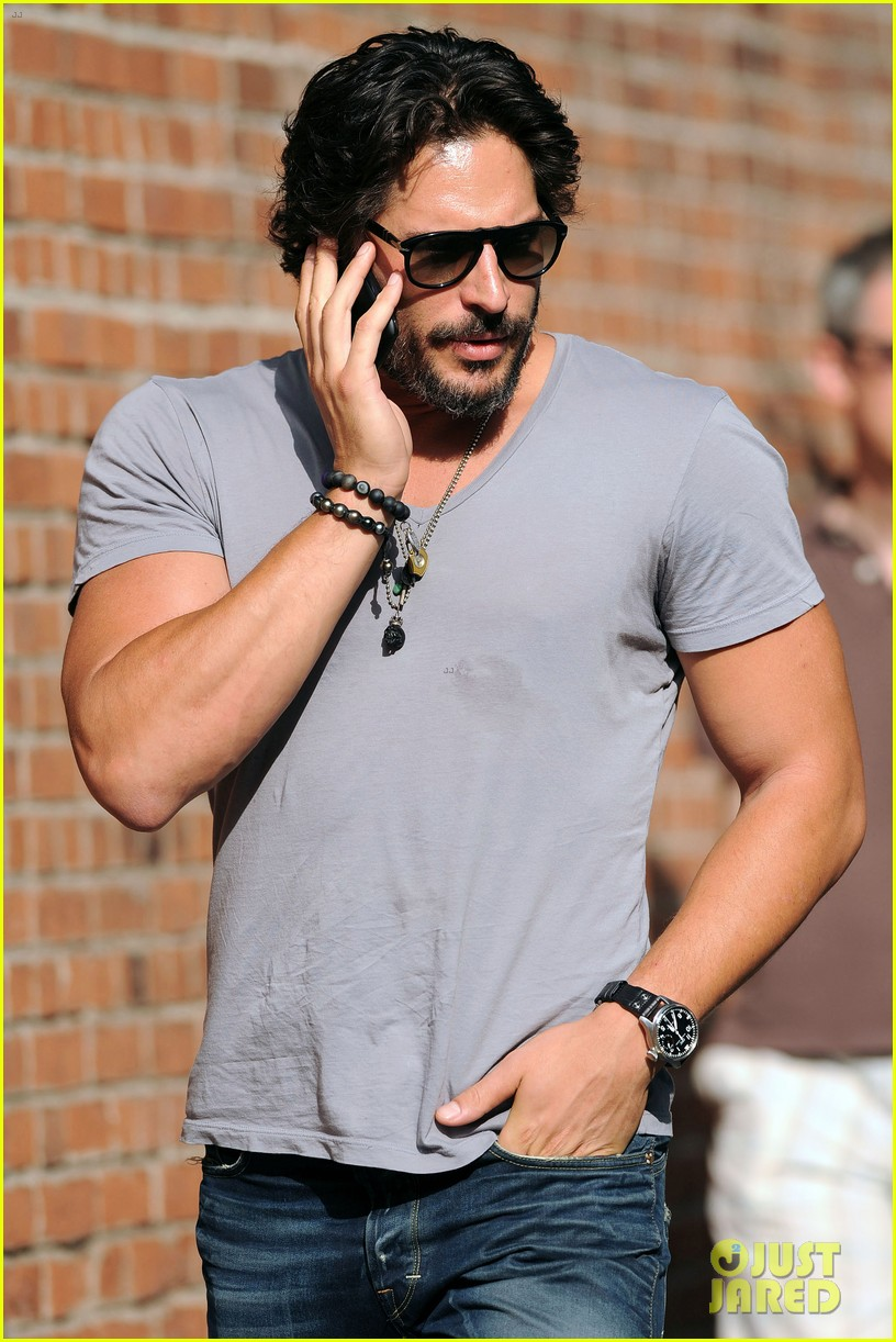 joe manganiello magic mike in theaters now 03