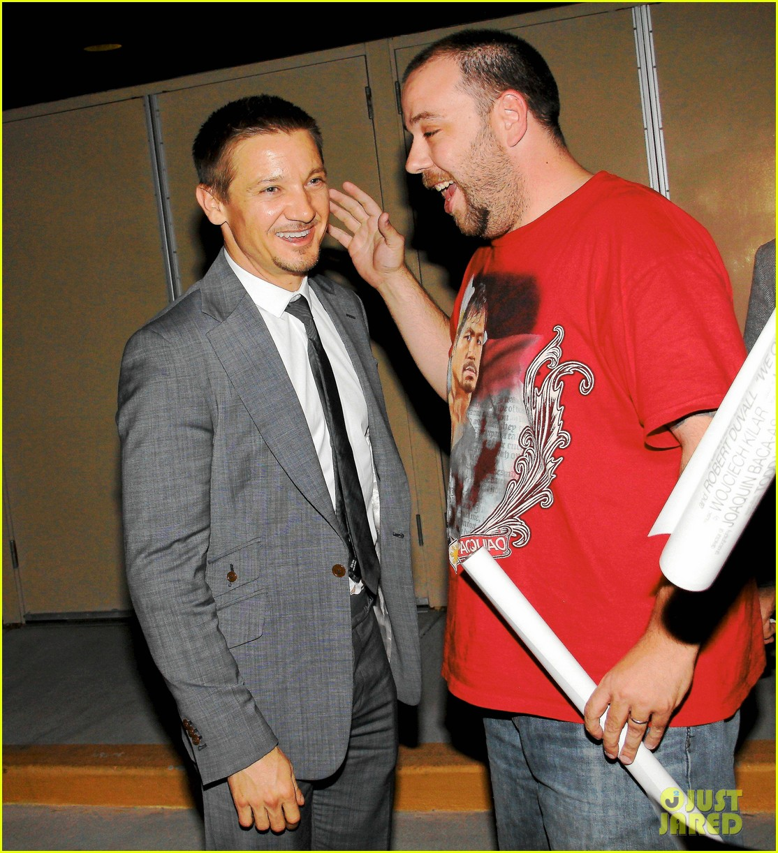 mark wahlberg jeremy renner leave mgm grand 10
