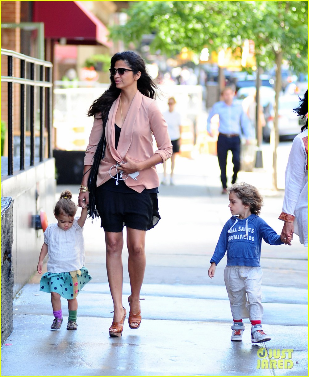 matthew mcconaughey camila alves out and about 09