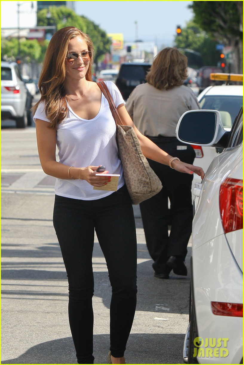minka kelly lax parking ticket 02