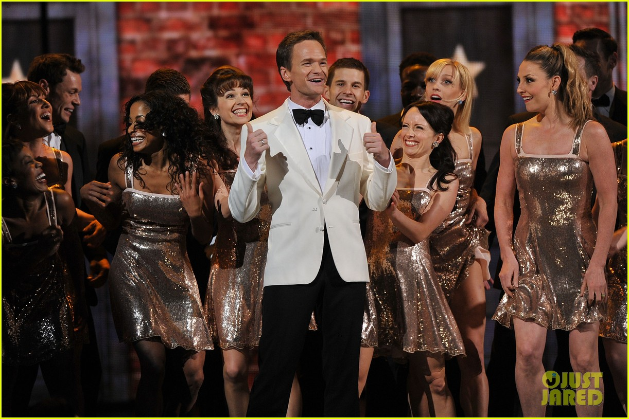 neil patrick harris tony awards 2012 host 07
