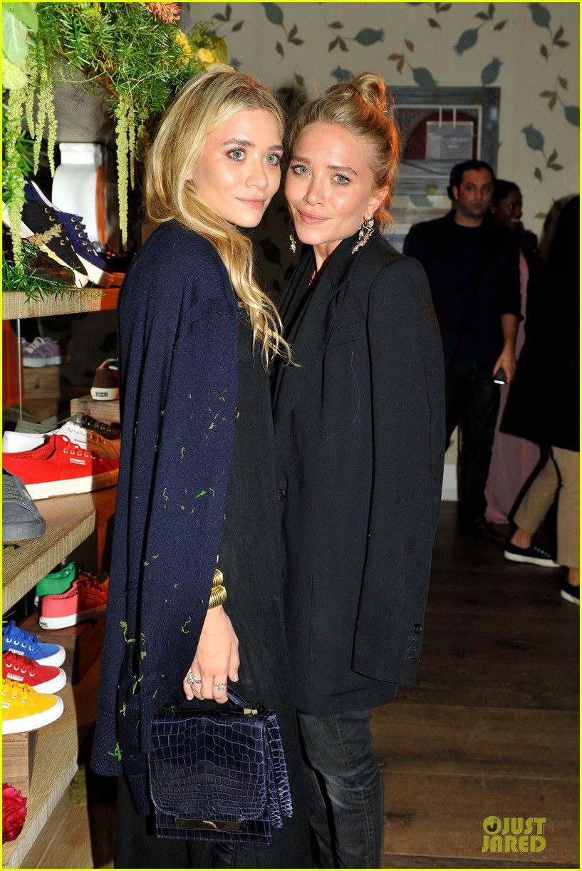 ashley mary kate olsen superga launch 052670331