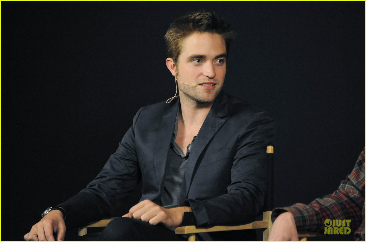 robert pattinson apple qa 08