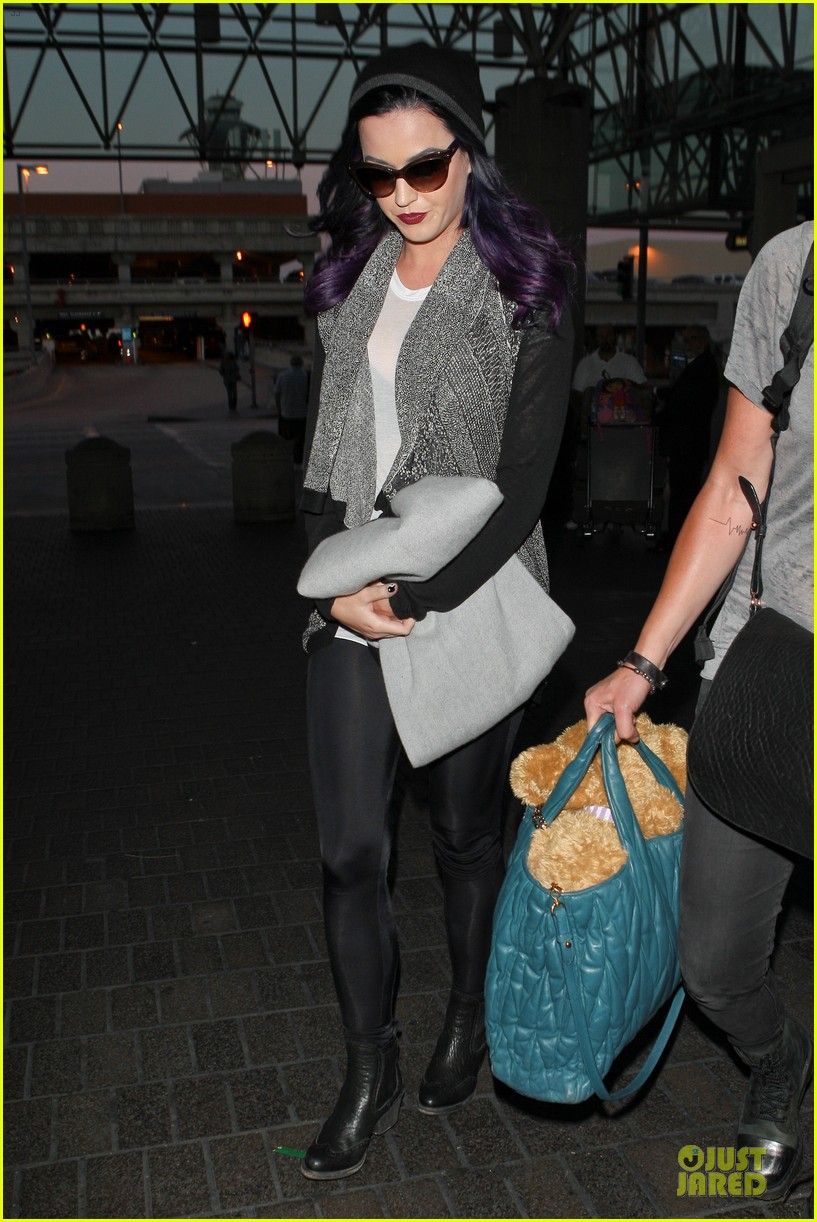 katy perry lax departure 03