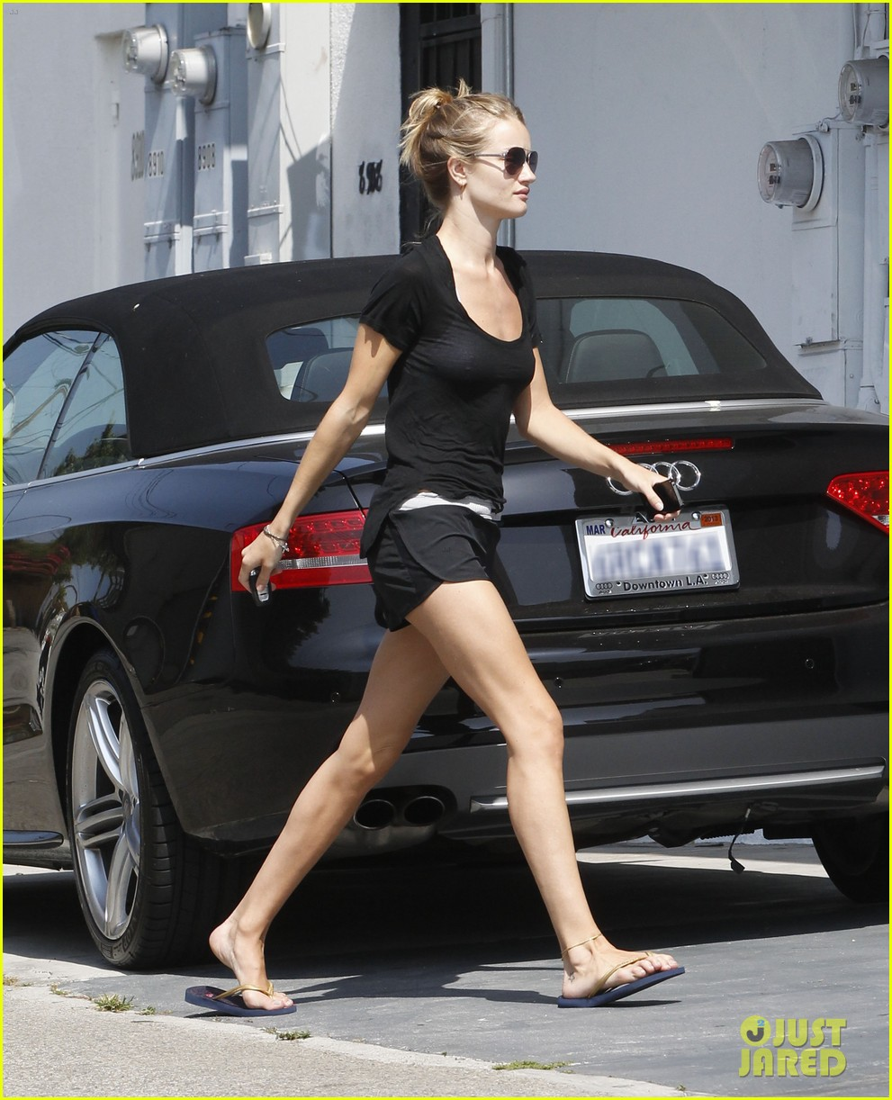 rhw going to gym 03