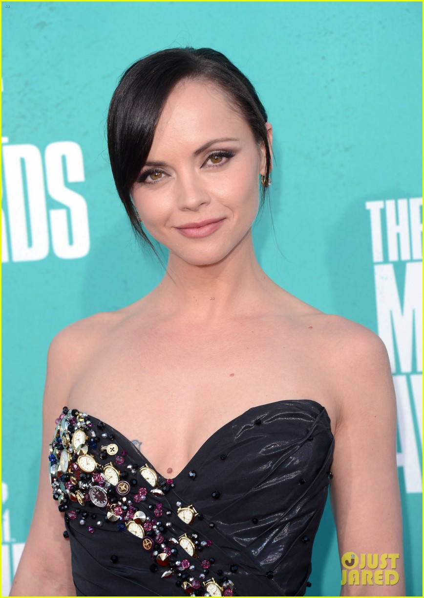 christina ricci 2012 mtv movie awards 01