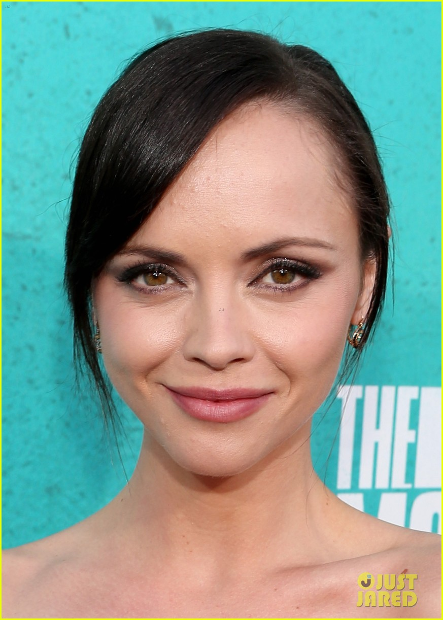 christina ricci 2012 mtv movie awards 03
