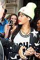 rihanna neon london 05