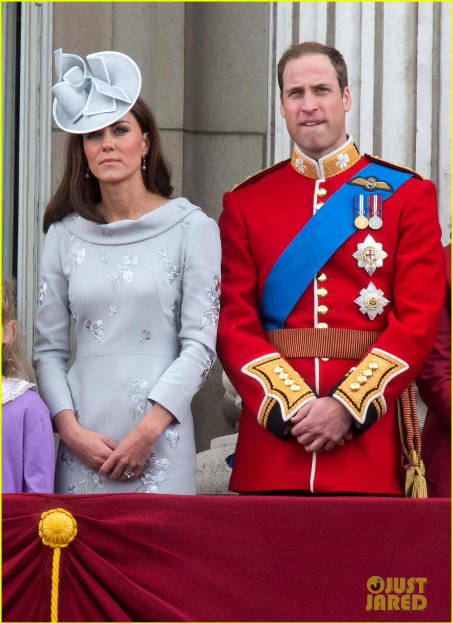 will and kate trooping the colours 01