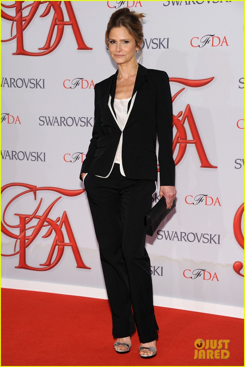 kyra sedgwick jessica stam cfda fashion awards 2012 10