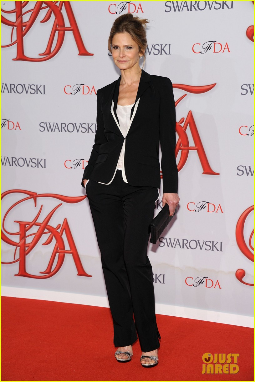 kyra sedgwick jessica stam cfda fashion awards 2012 182670585