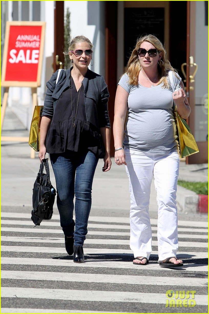 sarah michelle gellar shopping 03