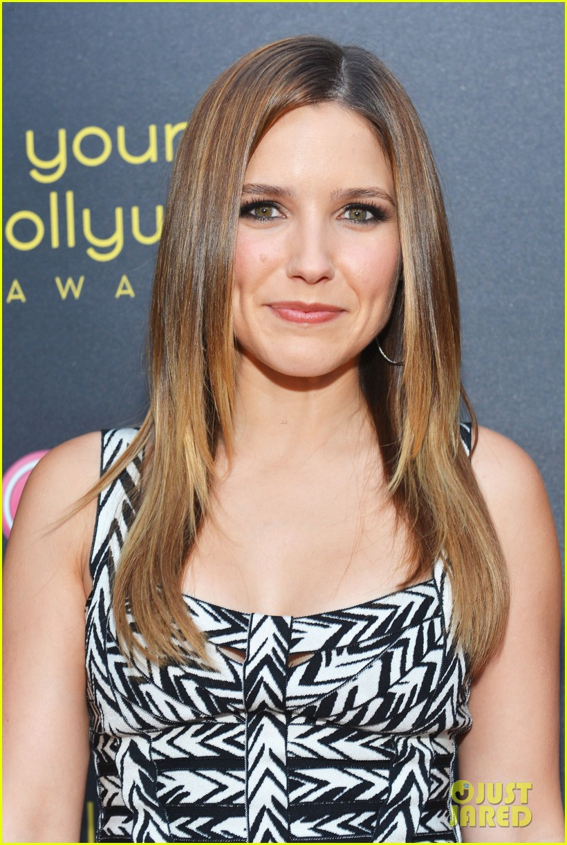 sophia bush young hollywood awards ginnifer goodwin 09