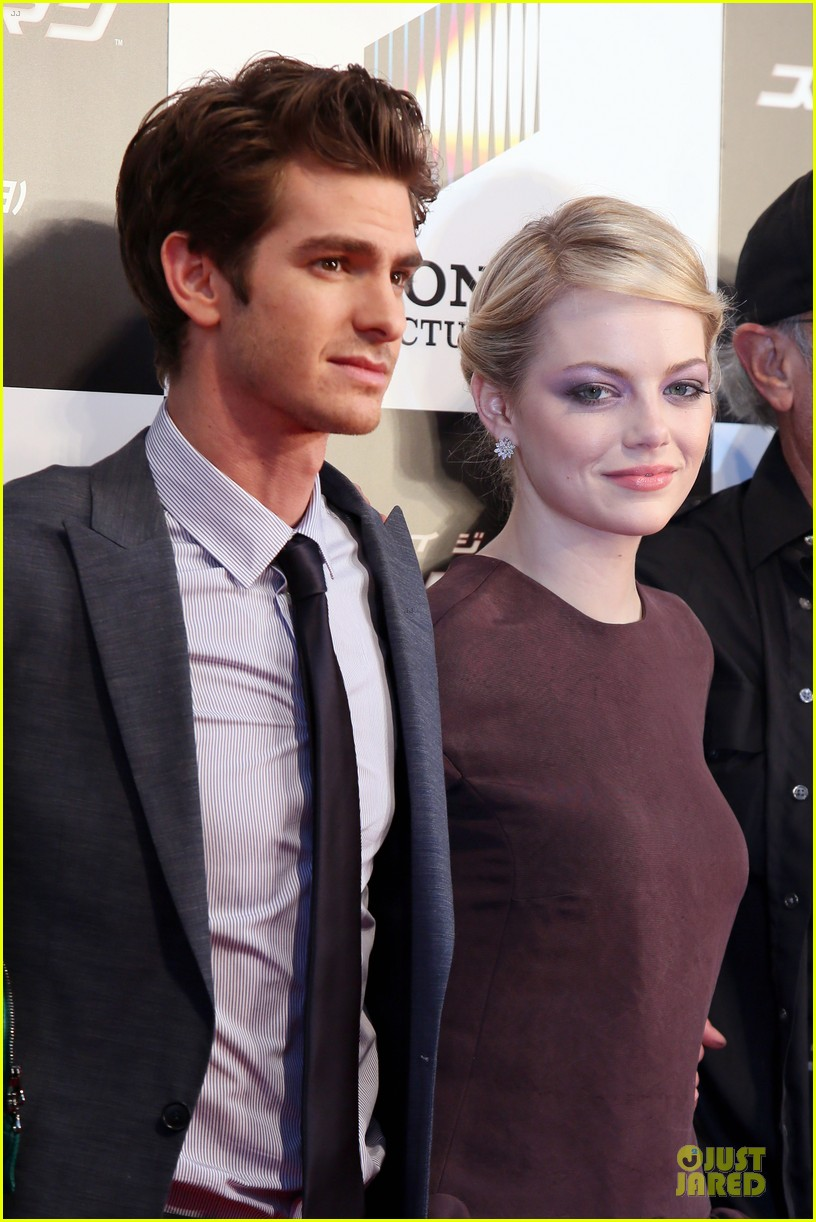 emma stone andrew garfield amazing spider man world premiere 06
