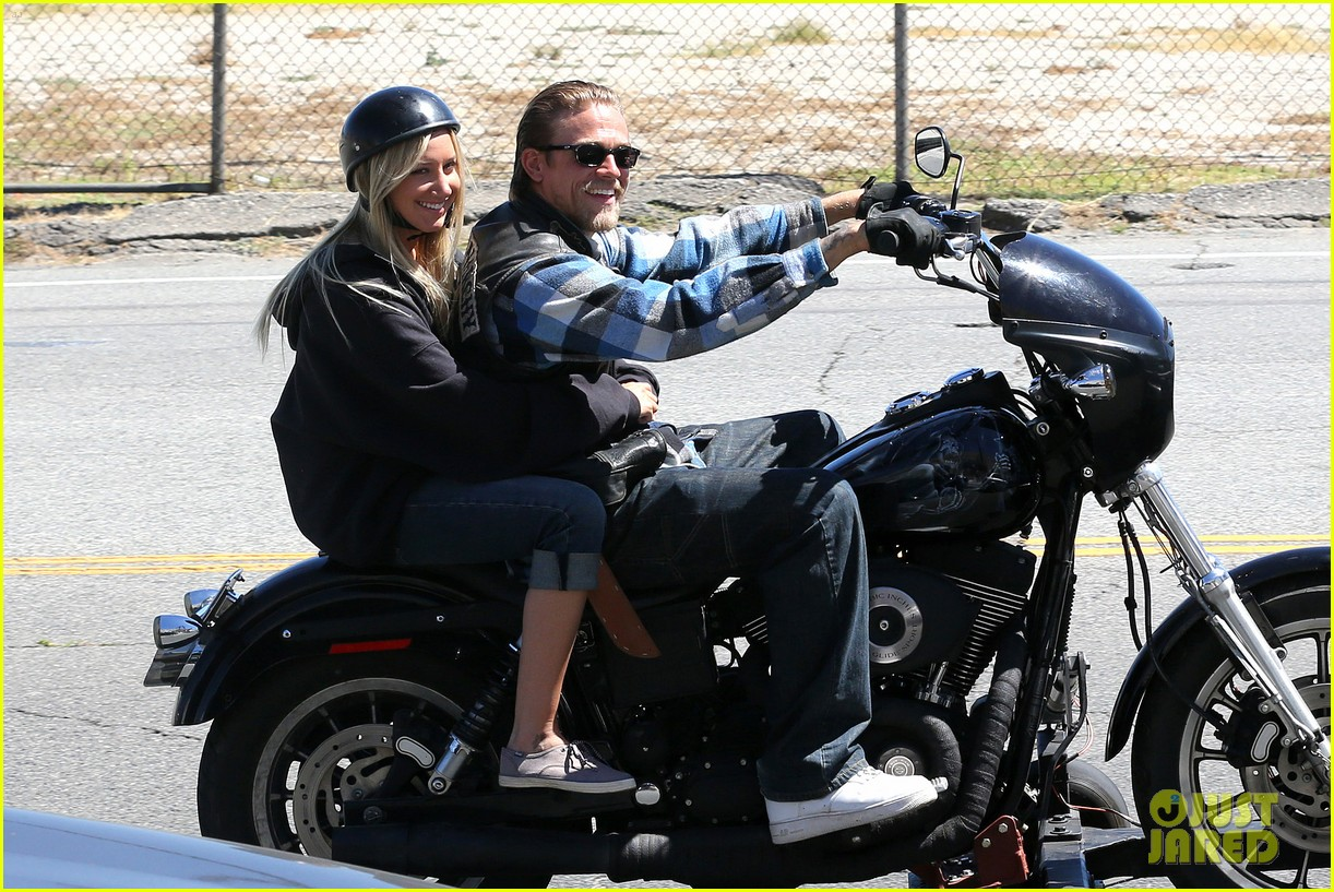 ashley tisdale charlie hunnam sons of anarchy 07