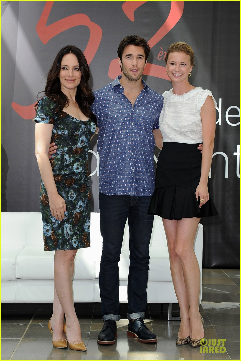 emily vancamp madeleine stowe revenge monte carlo festival 01