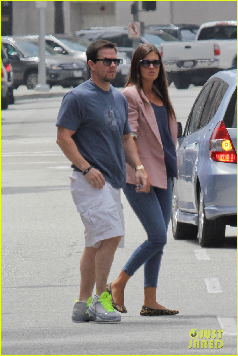 mark wahlberg the grill lunch 12