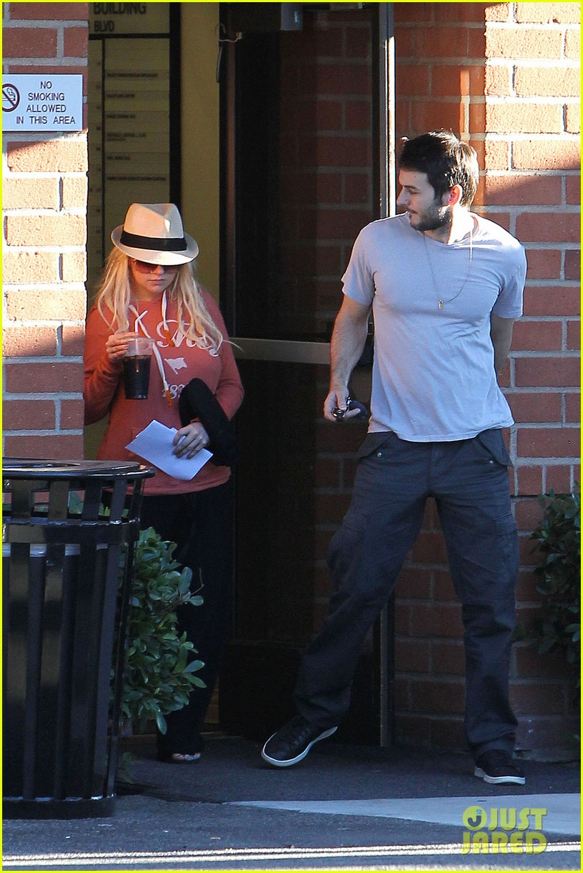 christina aguilera medical center with matthew rutler 112691823