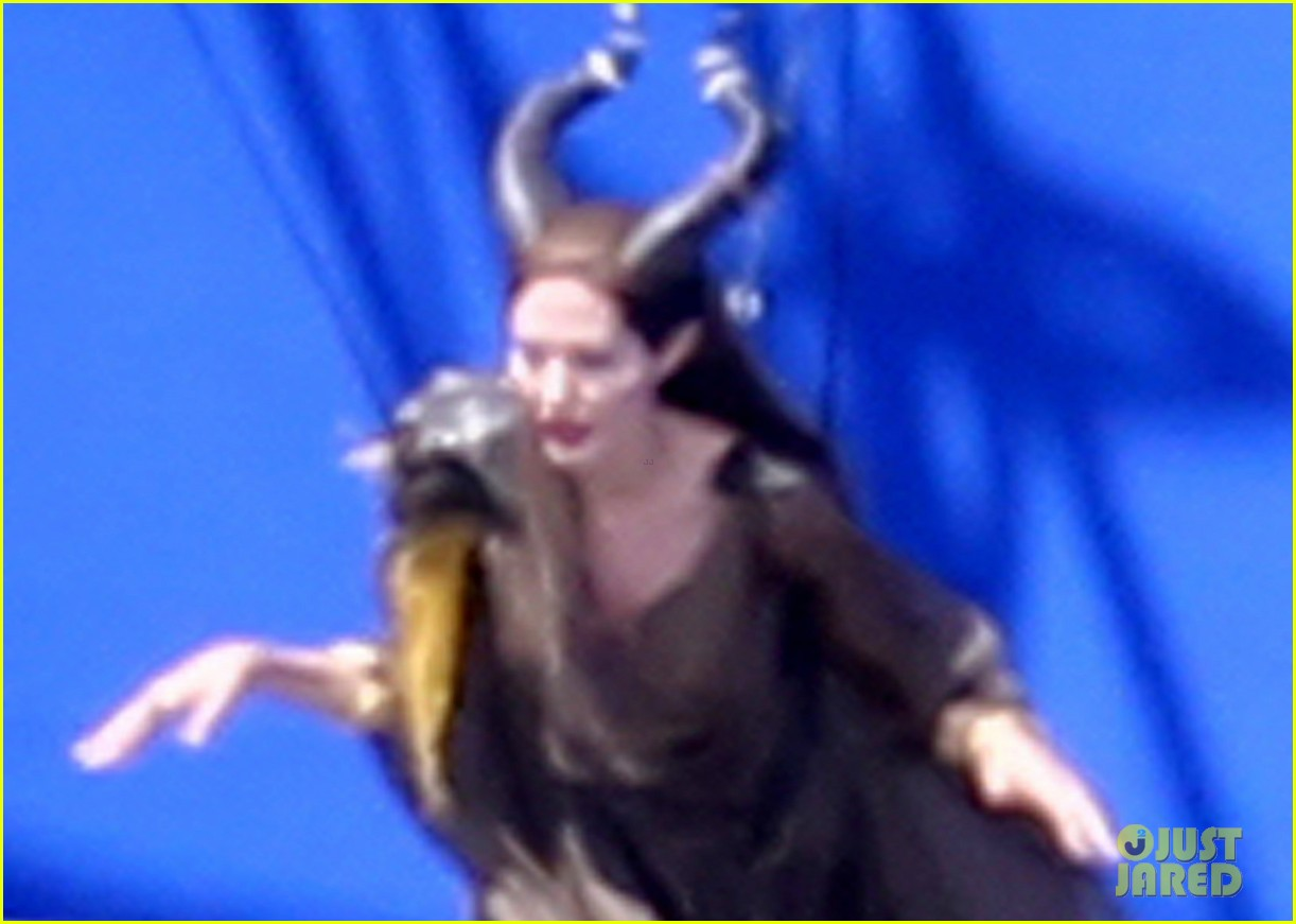 angelina jolie maleficent stunt work 04