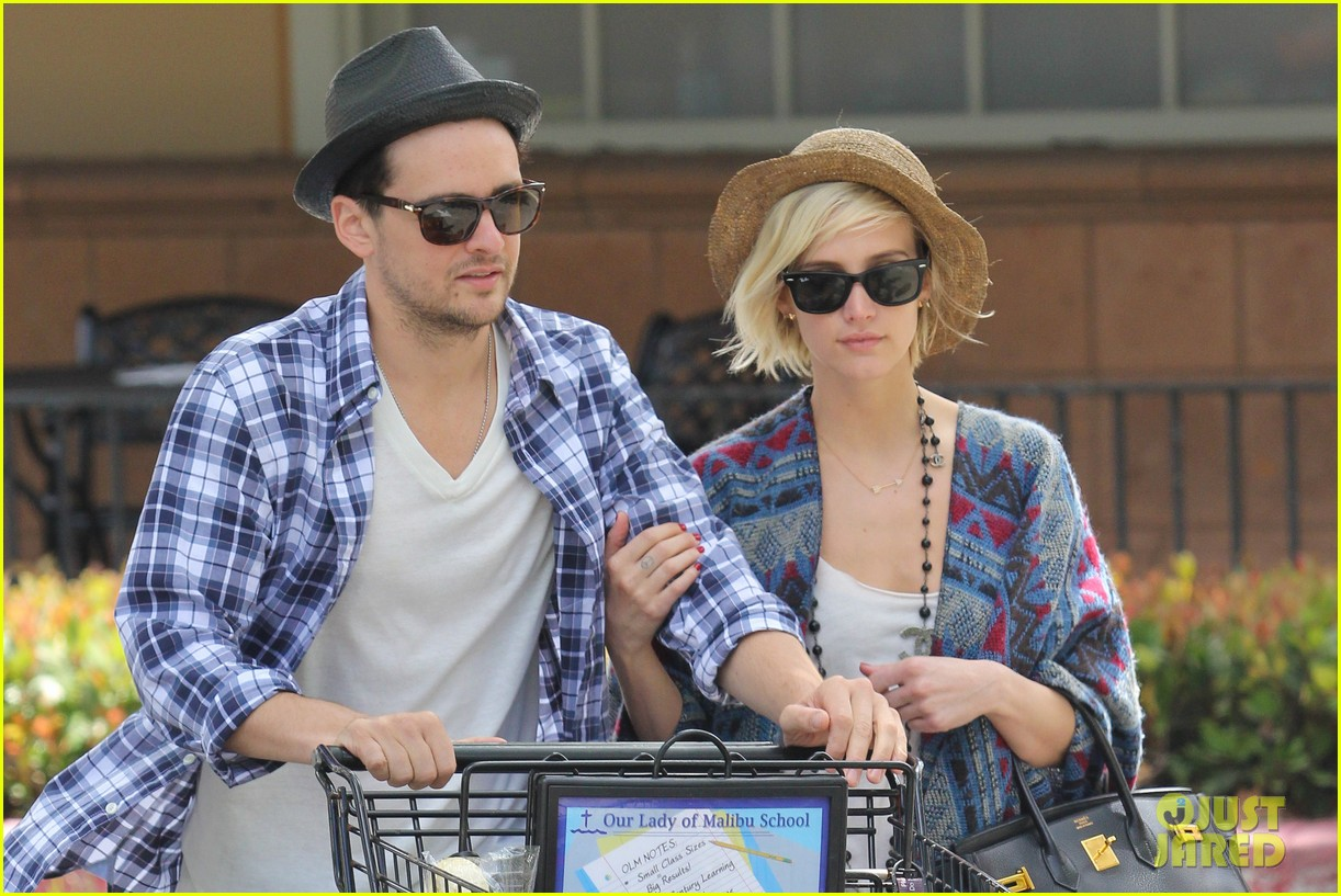 ashlee simpson shopping vincent piazza 022685130