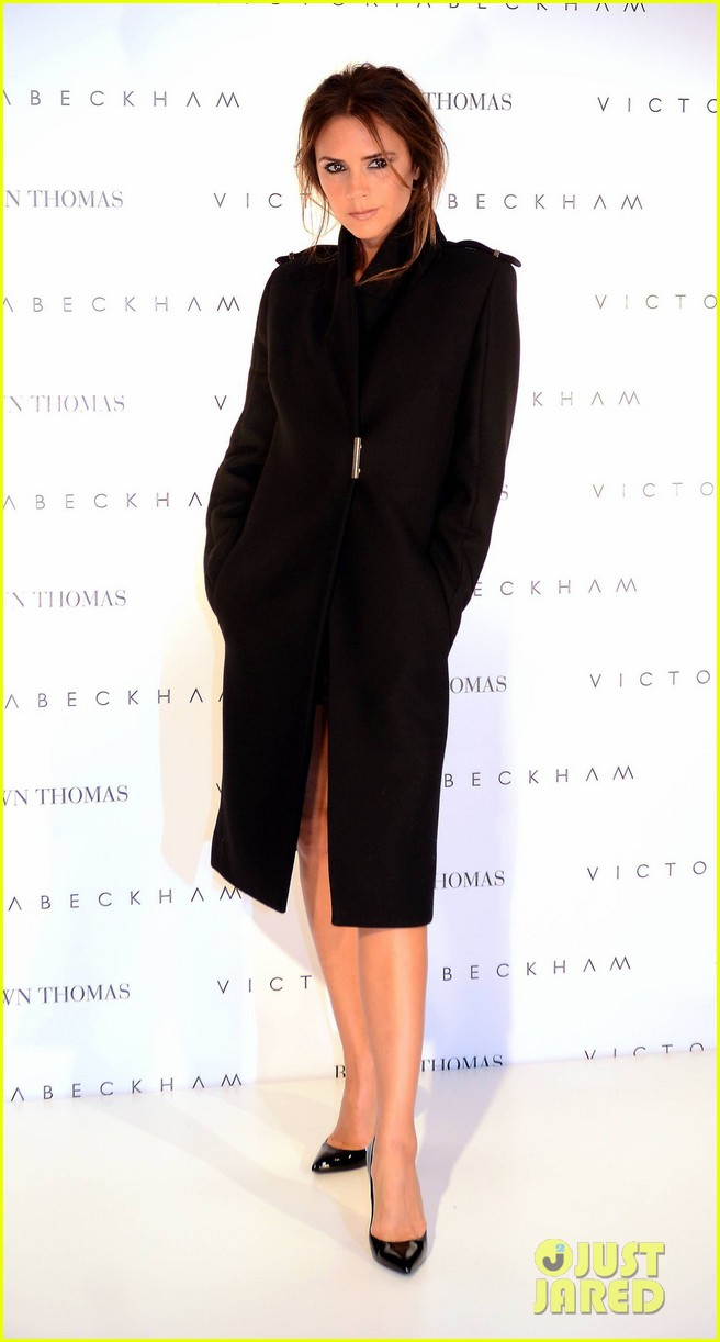 victoria beckham brown thomas presentation 01