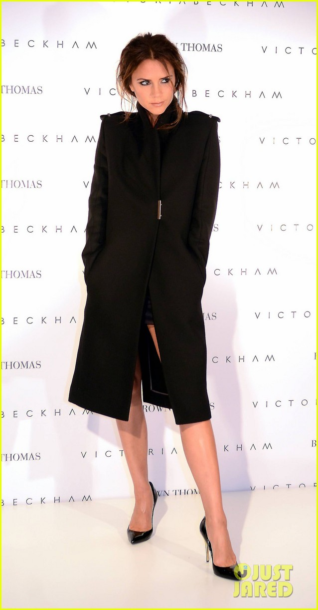 victoria beckham brown thomas presentation 05