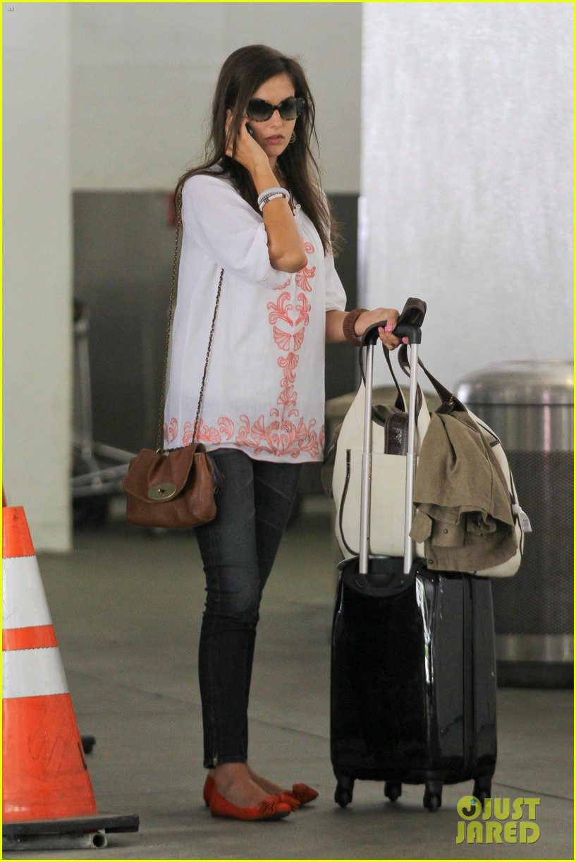 camilla belle lands in los angeles with evolet 03