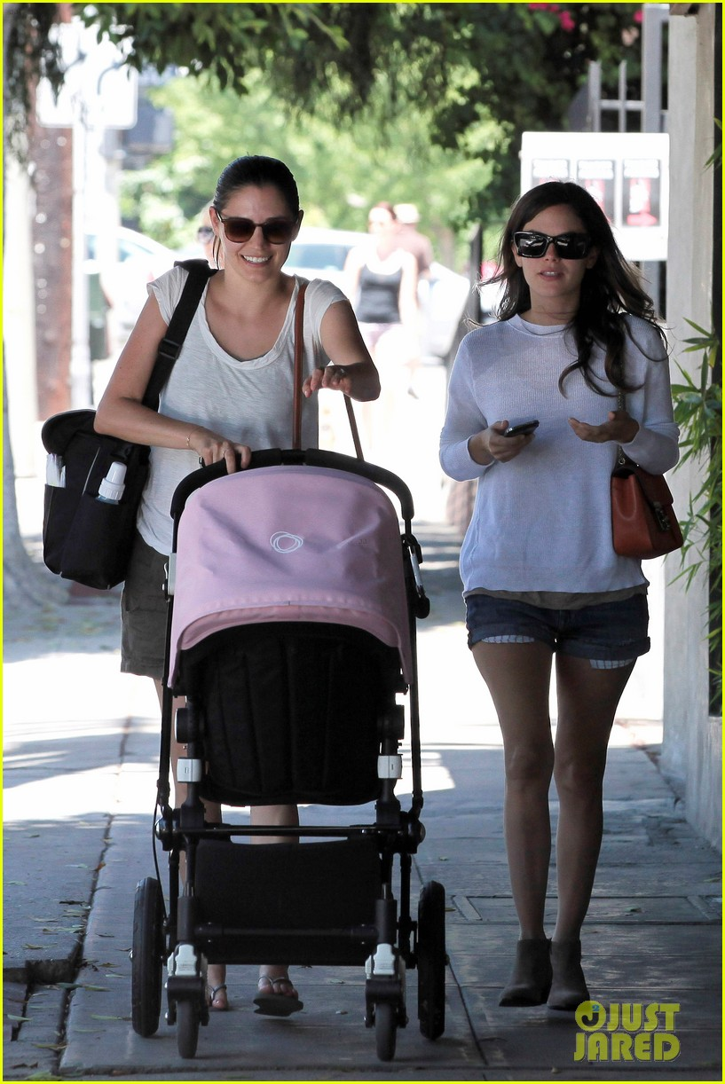 rachel bilson little doms lunch 02