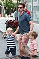 matt bomer hails a cab with henry walker 01