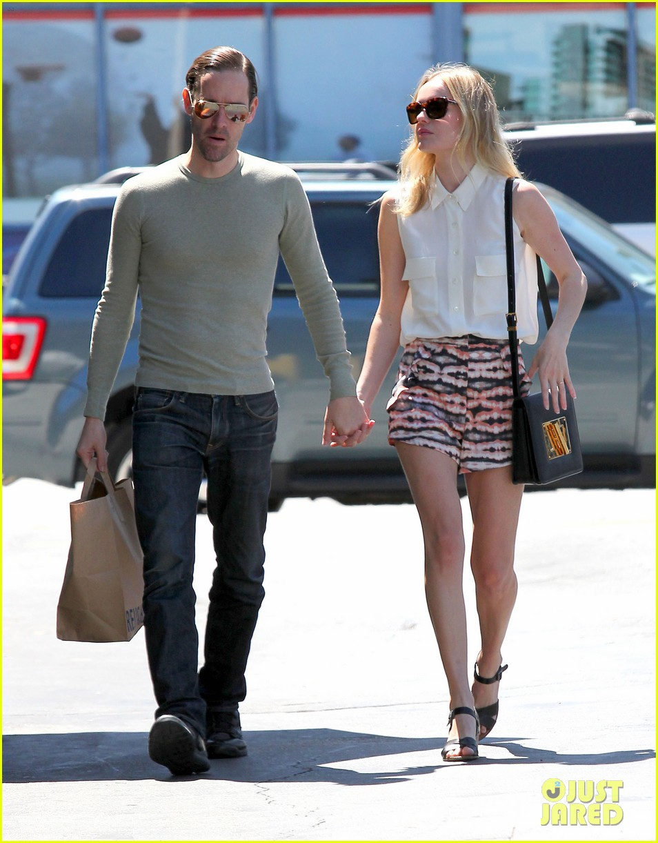 kate bosworth michael polish bristol farms shoppers 03
