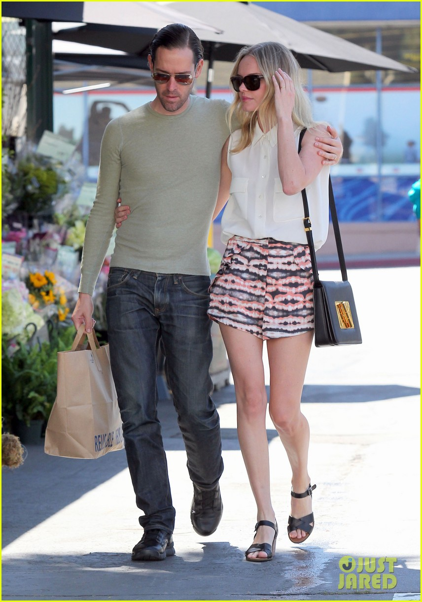 kate bosworth michael polish bristol farms shoppers 07